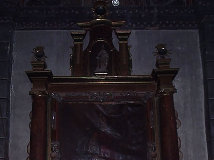 Orb photographed in the Church of San Vicente M&aacute;rtir &#45; Rasal (Huesca &#45; Spain) &#45; 18<sup>th</sup> July, 2003